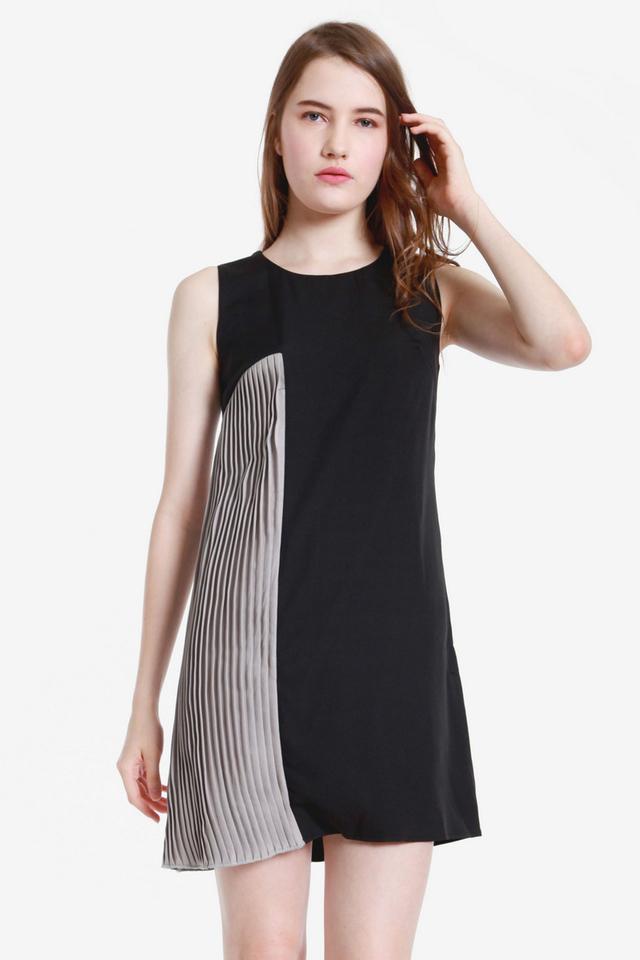Alanna Side Pleat Dress (Black)