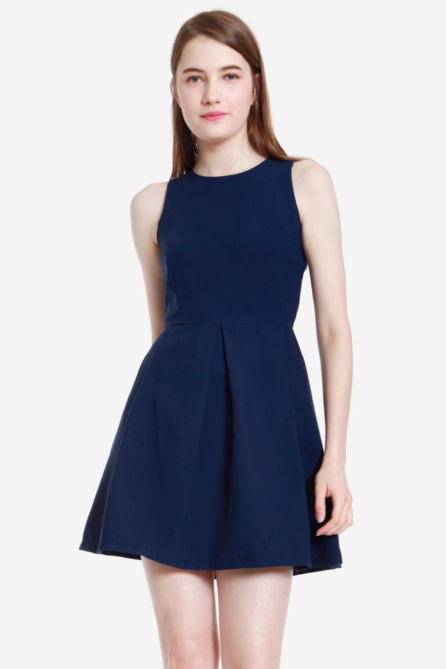 Quine Two Box Pleat Dress (Blue)
