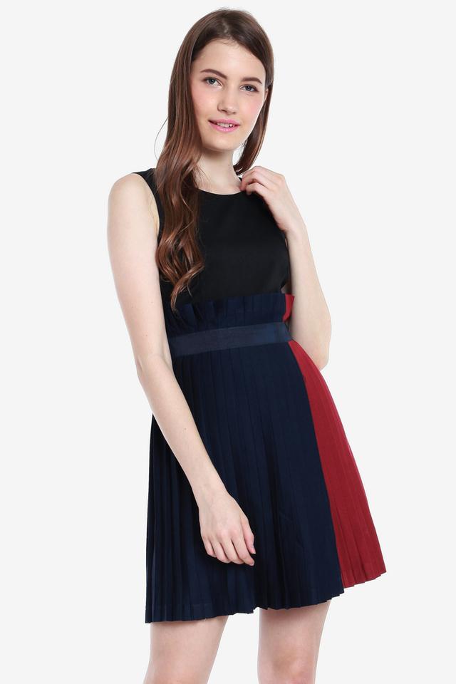 Yadira Pleated Paperbag Dress (Black)