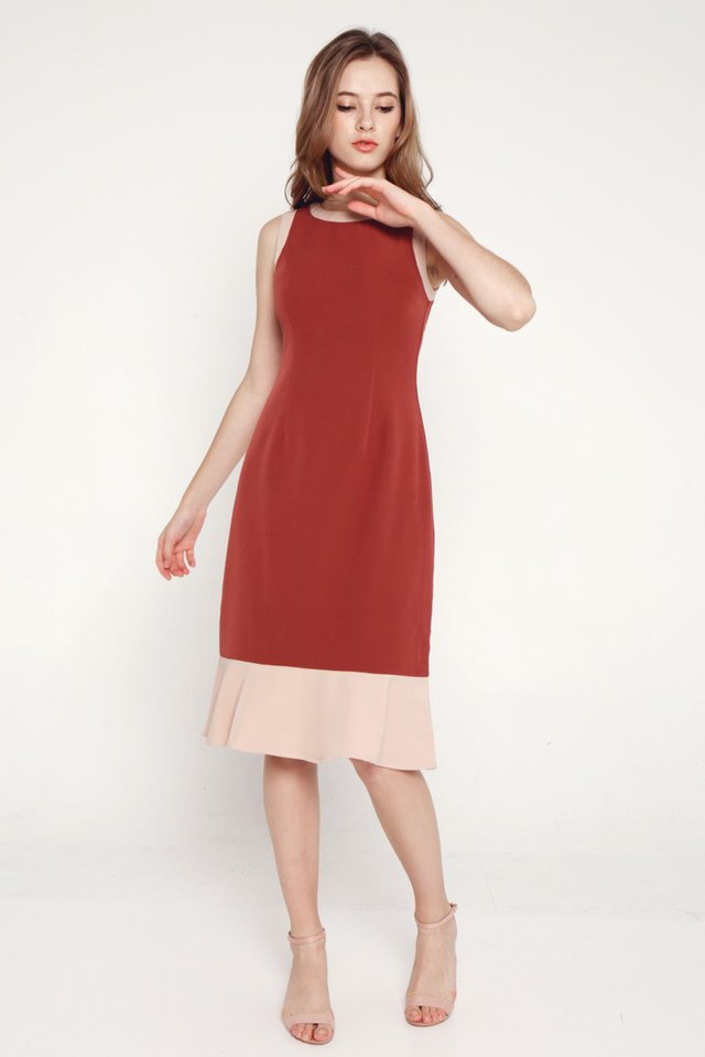 Shelby Contrast Hem Midi Dress (Tea Rose)