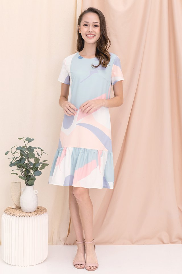 Simone Abstract Mermaid Sleeved Dress (Pastel)