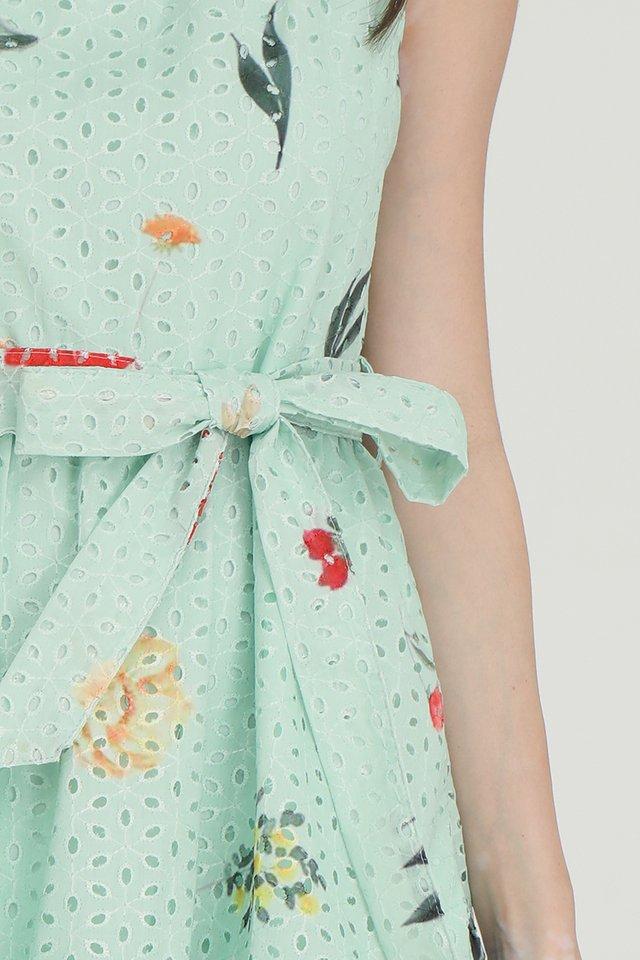 Lia Printed Eyelet Midi Dress (Green)