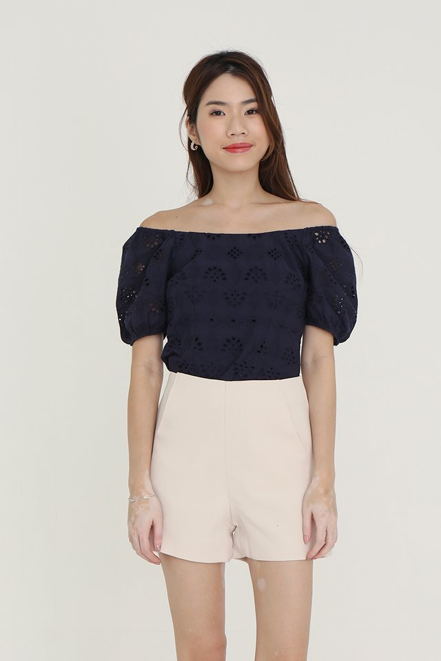 Mullins Puffy Sleeve Eyelet Top (Navy Blue)