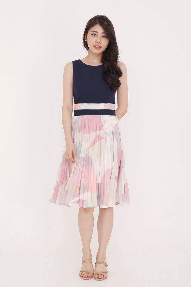 Maizie Abstract Pleated Midi Dress (Navy Blue)