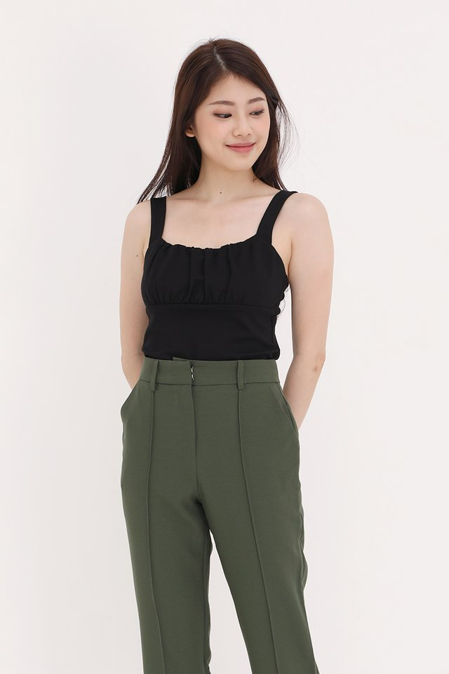 Heiley Basic Ruched Top (Black)