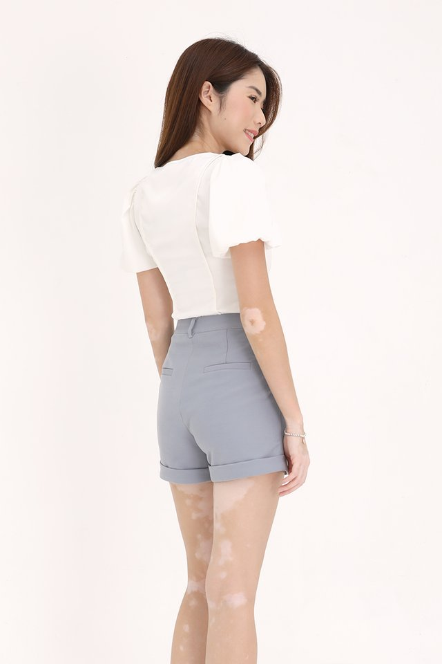 Theodore Pipeline Sleeved Top (White)